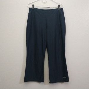 Nike Dri Fit Medium Blue Capri Active Pants Wide